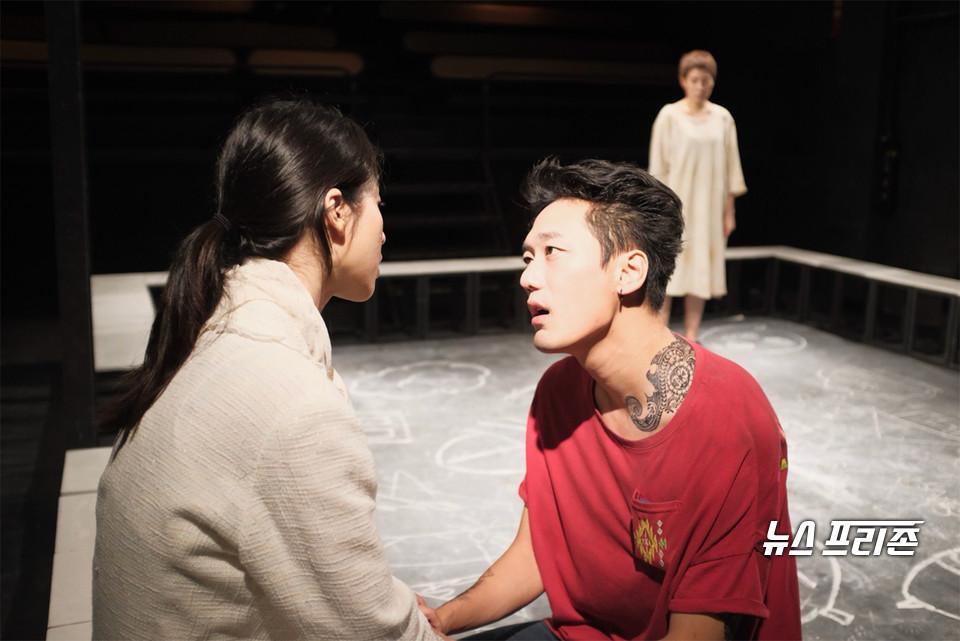 '겟팅아웃' 공연사진 /(제공=창작집단 농담)