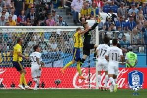 [2018 월드컵] 역습전개 안 된 한국… 스웨덴에 PK헌납 '0-1 패' 16강행 먹구름